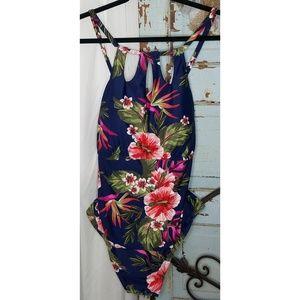 Kona Sol plus size swim suit